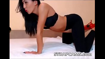 see fetish through jeny yoga smith pants Casting couch cuties 31