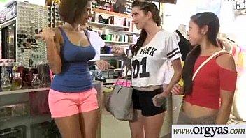 shy seduced xxx girl scout 3 geile vriendinnetjes uit arnhem