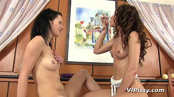 pee jeans lesbian Make love with virgin student